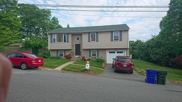 603 Newhall, Fall River, MA 02721 (MLS #72503872) :: The Muncey Group