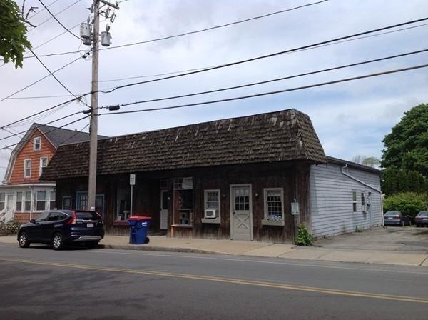 109-113 Main Street, Acushnet, MA 02743 (MLS #72505991) :: RE/MAX Vantage