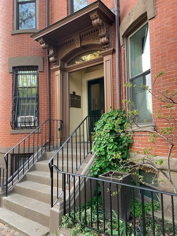 49 Warren Avenue G-1, Boston, MA 02116 (MLS #72506185) :: The Gillach Group