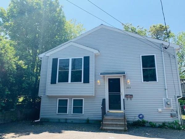 203 Doyle St, Fall River, MA 02723 (MLS #72506266) :: Maloney Properties Real Estate Brokerage