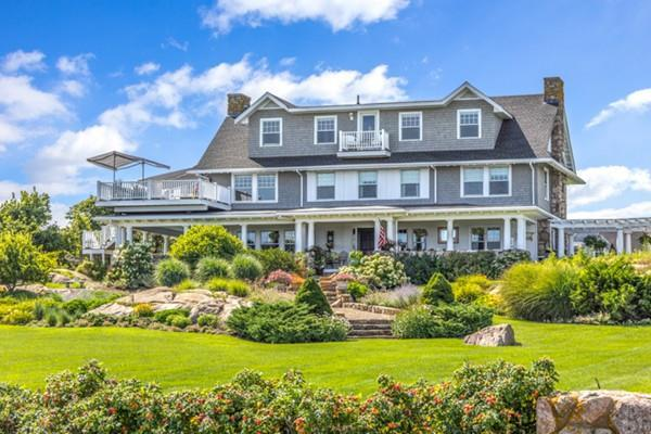 70 Grapevine Road B, Gloucester, MA 01930 (MLS #72507693) :: DNA Realty Group