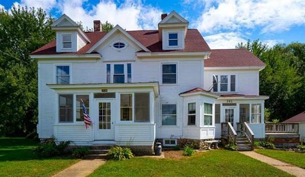 281 Charles Bancroft Highway, Litchfield, NH 03052 (MLS #72513835) :: Parrott Realty Group