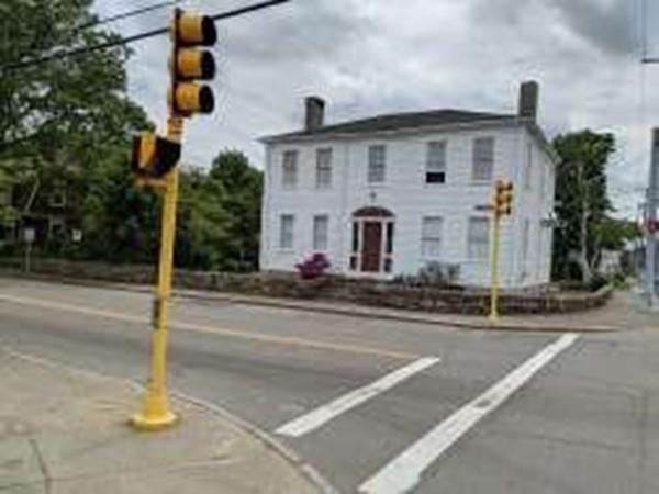 45 Main, Mattapoisett, MA 02739 (MLS #72515079) :: Kinlin Grover Real Estate