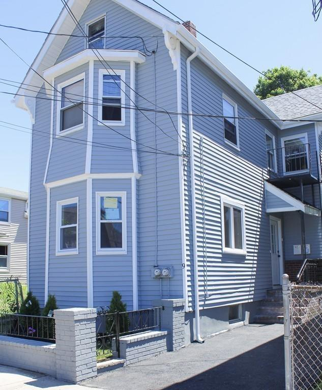 9 Clinton St, Chelsea, MA 02150 (MLS #72516570) :: The Russell Realty Group