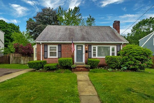 112 Stimston, Boston, MA 02132 (MLS #72517088) :: The Russell Realty Group