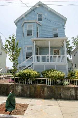 63 Carroll St, Chelsea, MA 02150 (MLS #72517877) :: The Russell Realty Group
