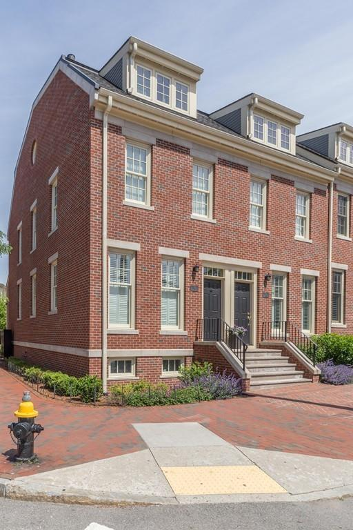 33 Warren Street, Boston, MA 02129 (MLS #72518072) :: Vanguard Realty