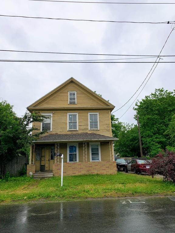 20 Thomas Street, Chicopee, MA 01013 (MLS #72518392) :: The Russell Realty Group