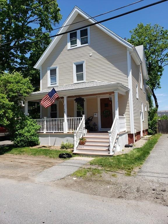 16 Arlington St, Reading, MA 01867 (MLS #72519520) :: The Russell Realty Group