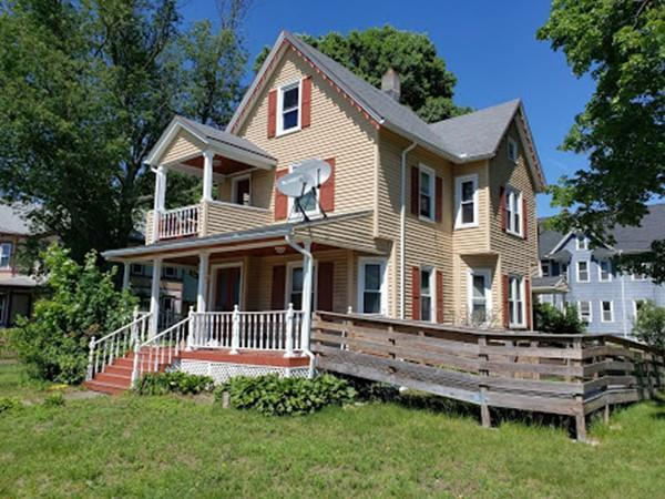 285 Broadway St, Chicopee, MA 01020 (MLS #72519628) :: The Russell Realty Group