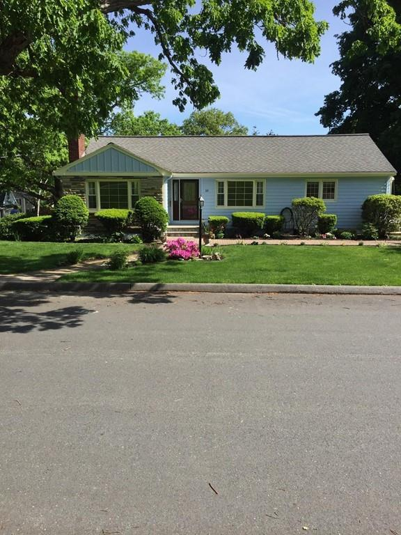 10 Sussex Road, Winchester, MA 01890 (MLS #72520218) :: Primary National Residential Brokerage