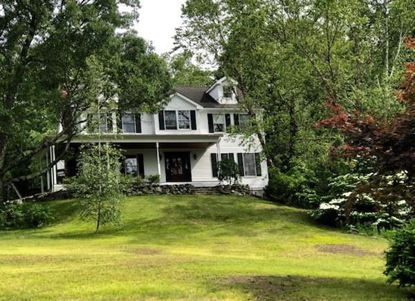 65 Farm Hill Rd, Wrentham, MA 02093 (MLS #72520355) :: DNA Realty Group