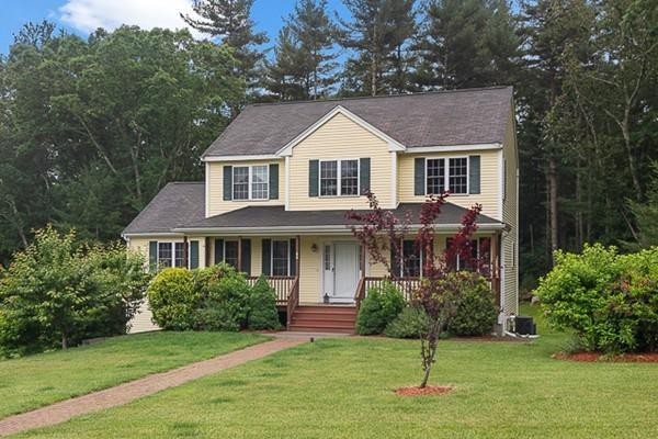 66 Stonehedge Rd, Franklin, MA 02038 (MLS #72520636) :: DNA Realty Group