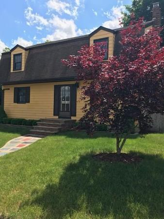 41 Waverly St, Taunton, MA 02780 (MLS #72520962) :: Welchman Torrey Real Estate Group