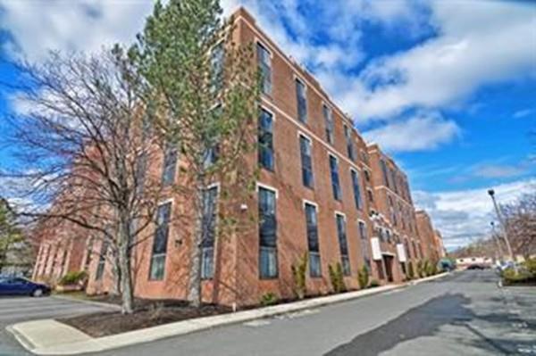 30 Daniels Street #405, Malden, MA 02148 (MLS #72521094) :: Team Tringali
