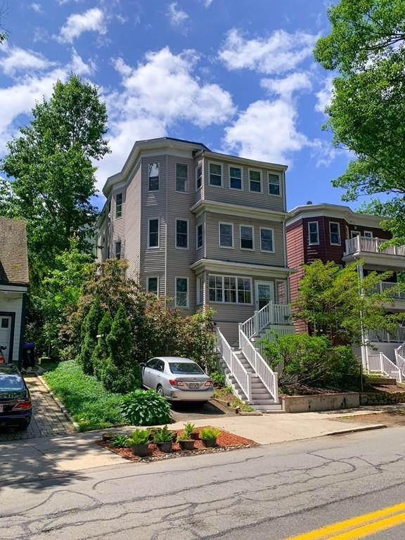 219 Crafts Road #2, Brookline, MA 02467 (MLS #72521516) :: Exit Realty