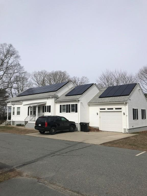 602 Slocum Road, Dartmouth, MA 02747 (MLS #72522660) :: Kinlin Grover Real Estate