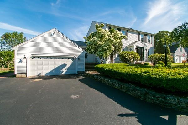 10 Essex Heights Dr., Weymouth, MA 02188 (MLS #72523939) :: Anytime Realty