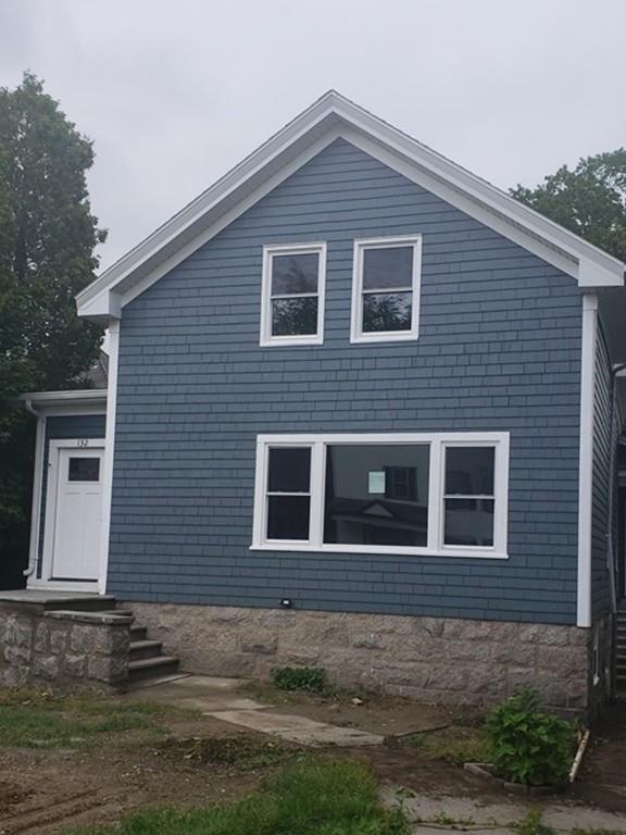 132 New Boston Rd, Fall River, MA 02720 (MLS #72524281) :: Westcott Properties