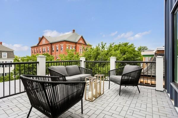 263 Washington St #1, Somerville, MA 02143 (MLS #72526607) :: DNA Realty Group