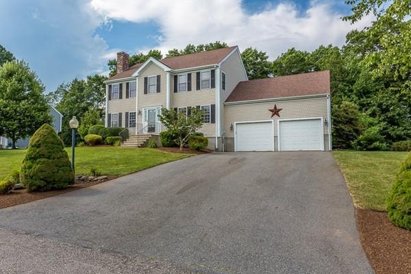 45 Meeshawn Ave, Taunton, MA 02718 (MLS #72528091) :: Kinlin Grover Real Estate