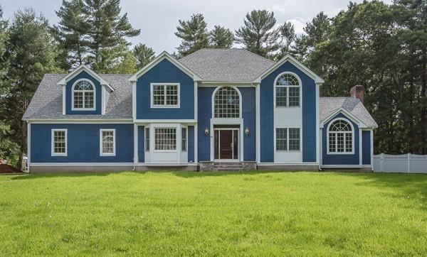 44 Oldfield Dr, Easton, MA 02375 (MLS #72530149) :: Apple Country Team of Keller Williams Realty