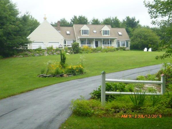 830 Pleasant St, Paxton, MA 01612 (MLS #72533453) :: Apple Country Team of Keller Williams Realty