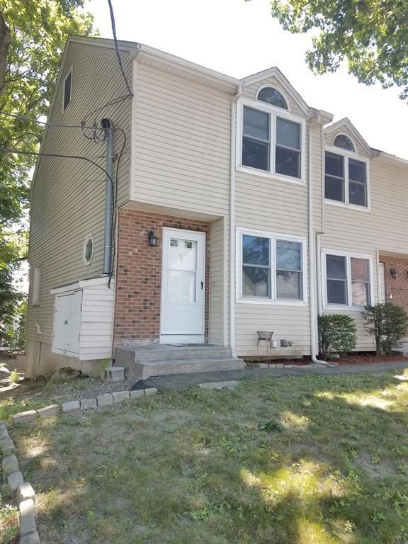 419 Chelmsford St #1, Lowell, MA 01851 (MLS #72534847) :: Parrott Realty Group