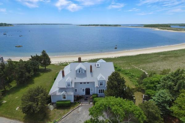 96 Rocky Point Road, Bourne, MA 02532 (MLS #72535394) :: The Muncey Group