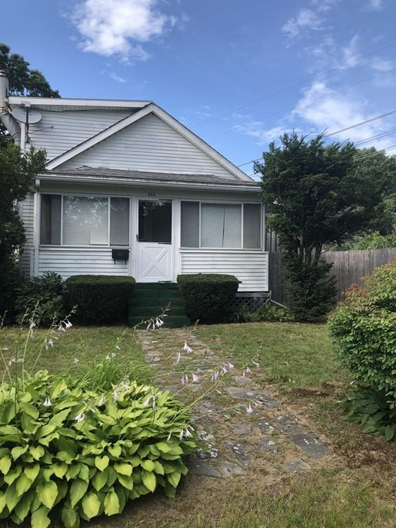 260 Forest Ave, Seekonk, MA 02771 (MLS #72535838) :: The Russell Realty Group