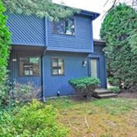2 Country Club Lane D, Milford, MA 01757 (MLS #72536095) :: Parrott Realty Group