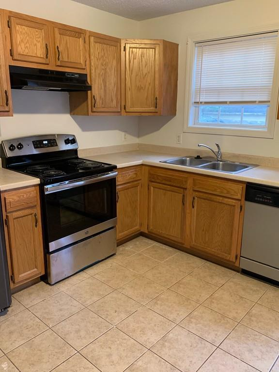 96 Mooreland #2, Springfield, MA 01104 (MLS #72536841) :: NRG Real Estate Services, Inc.
