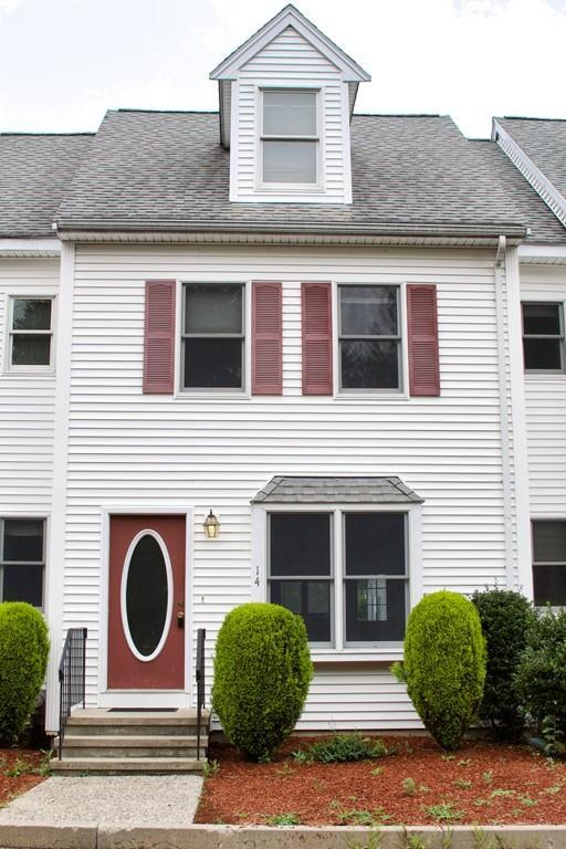 955 Pleasant Street #14, Weymouth, MA 02189 (MLS #72536877) :: Apple Country Team of Keller Williams Realty