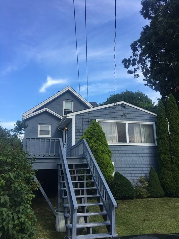 114 Knight St, Fall River, MA 02723 (MLS #72536903) :: Apple Country Team of Keller Williams Realty
