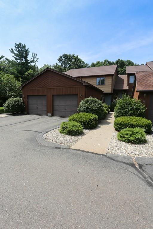 20 Pine Grove Dr #20, South Hadley, MA 01075 (MLS #72537355) :: Apple Country Team of Keller Williams Realty