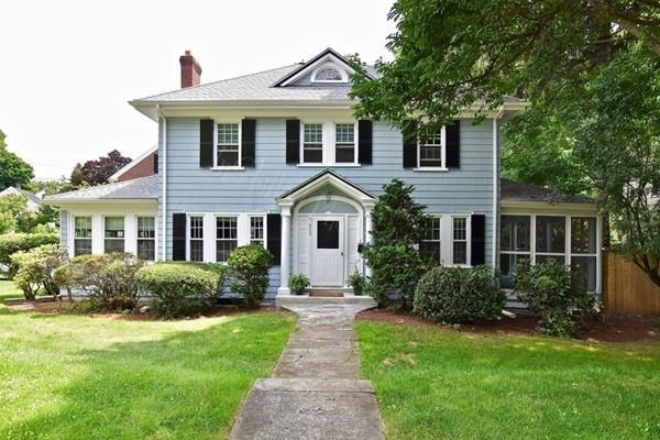 859 Fellsway W, Medford, MA 02155 (MLS #72539175) :: Kinlin Grover Real Estate