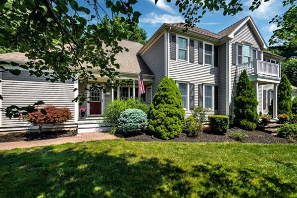 8 Lewis Rd, Easton, MA 02356 (MLS #72546288) :: Kinlin Grover Real Estate