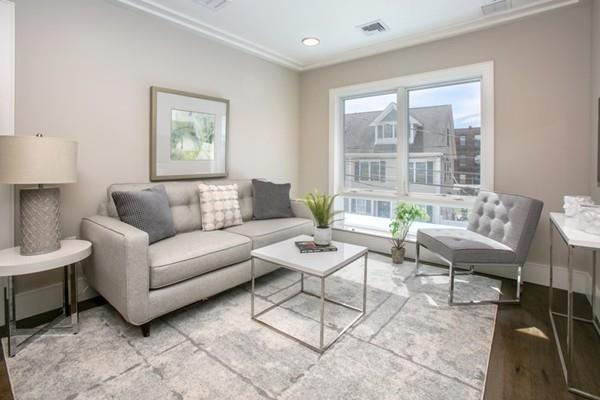 214 Market #307, Boston, MA 02135 (MLS #72548317) :: The Russell Realty Group