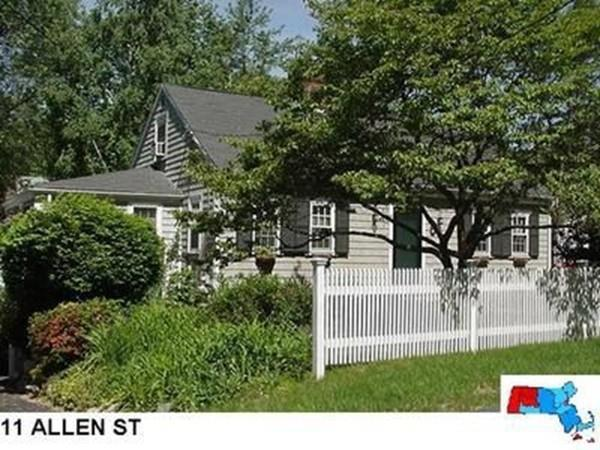 11 Allen St, Needham, MA 02492 (MLS #72549188) :: The Gillach Group