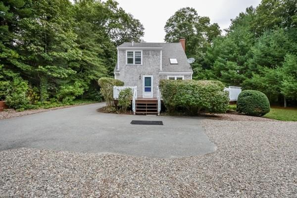 25 Chesapeake Bay Ave, Barnstable, MA 02655 (MLS #72549206) :: The Russell Realty Group