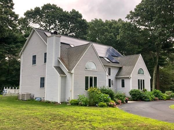 107 Heights Of Hill St, Northbridge, MA 01588 (MLS #72549487) :: Kinlin Grover Real Estate