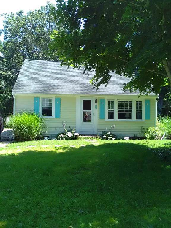 42 Thorne Road, Bourne, MA 02532 (MLS #72552451) :: The Muncey Group