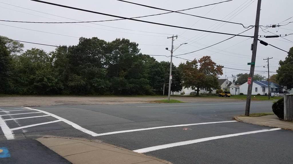 WS Brock Avenue - Photo 1