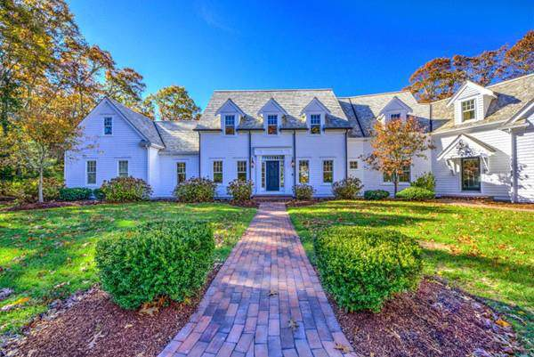 140 Main, Barnstable, MA 02655 (MLS #72556570) :: The Muncey Group