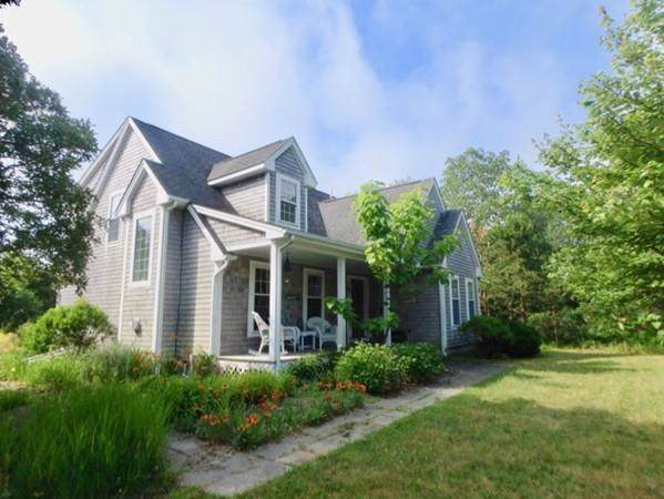 3 Trotters Ln, West Tisbury, MA 02568 (MLS #72561629) :: Spectrum Real Estate Consultants