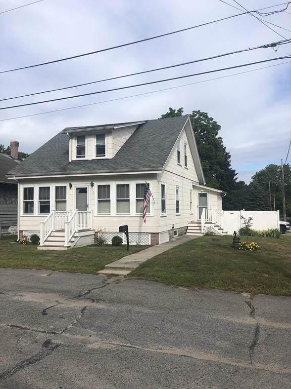32 Urrico Ave, North Smithfield, RI 02896 (MLS #72561926) :: Spectrum Real Estate Consultants