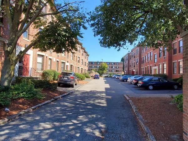 1 Cypress Rd #105, Boston, MA 02135 (MLS #72564960) :: Westcott Properties