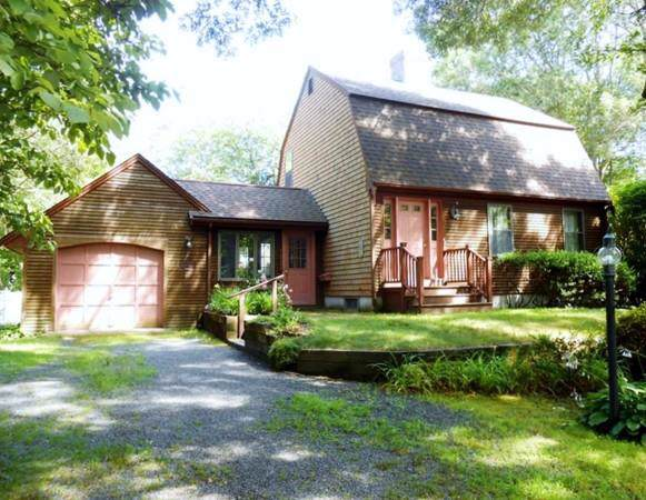 38 Peep Toad Rd, Barnstable, MA 02632 (MLS #72565058) :: Trust Realty One