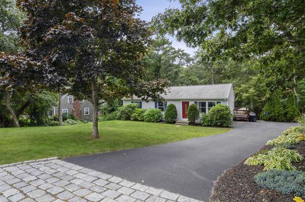 28 Burnside St, Plymouth, MA 02360 (MLS #72565271) :: Anytime Realty