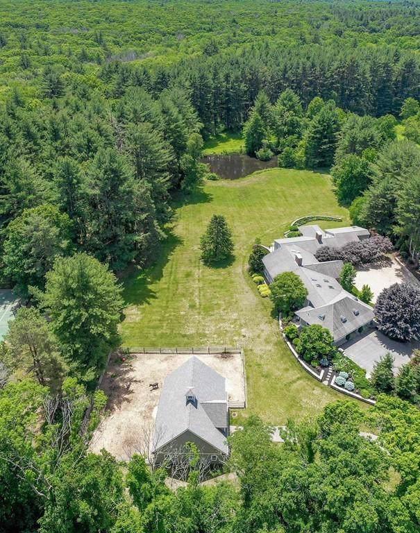 18 Farm Street, Dover, MA 02030 (MLS #72567669) :: Kinlin Grover Real Estate